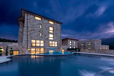 FOUR STAR HOTEL WITH 82 BEDROOMS FOR SALE IN ITALY